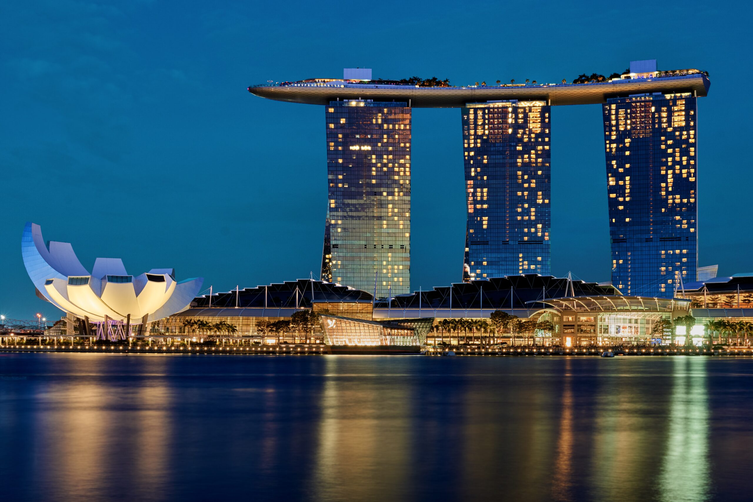 Advantages and Disadvantages of Renting a Condominium in Singapore