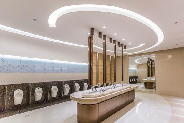 restrooms hotel