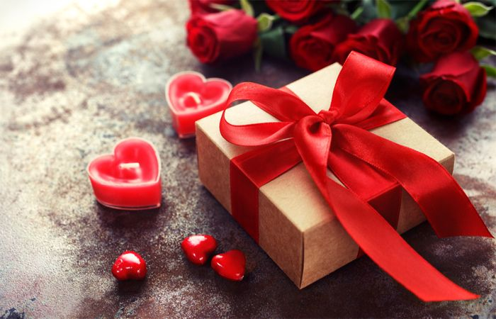 Which all sites offers same day Valentine's Day Gifts Delivery in India?