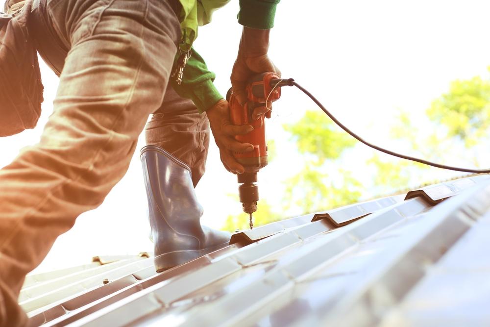 roof repairs professional