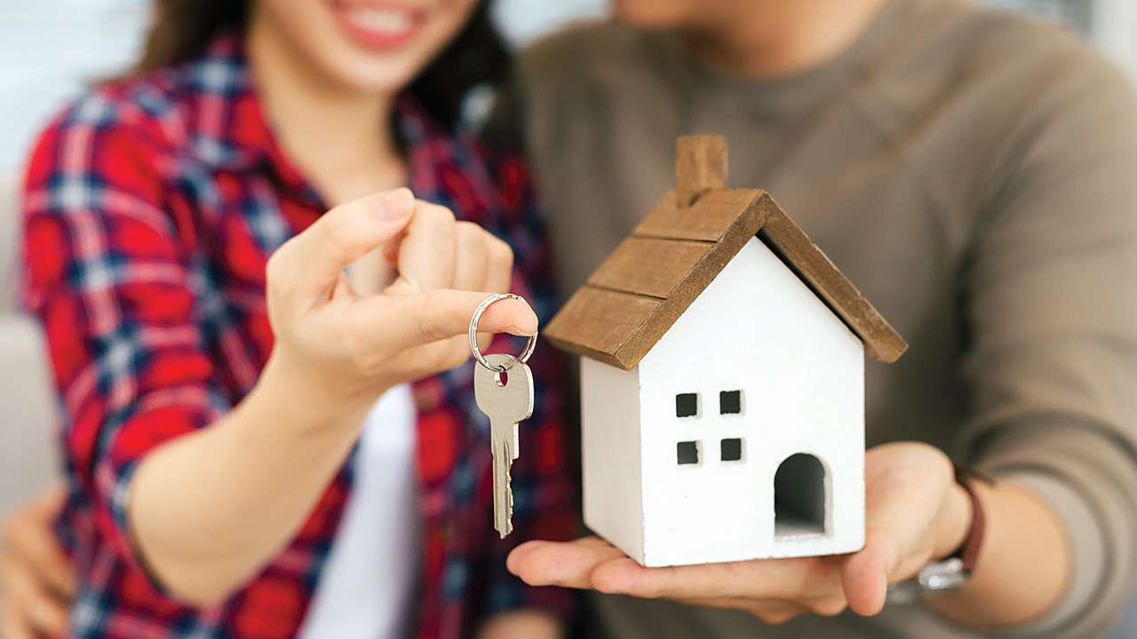 How to Plan Your Finances to Buy A House Fast